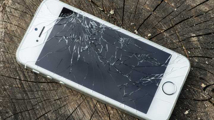 Verwonderlijk Apple iPhone 6S reparatie in Breda en Tilburg | CallStars LY-11